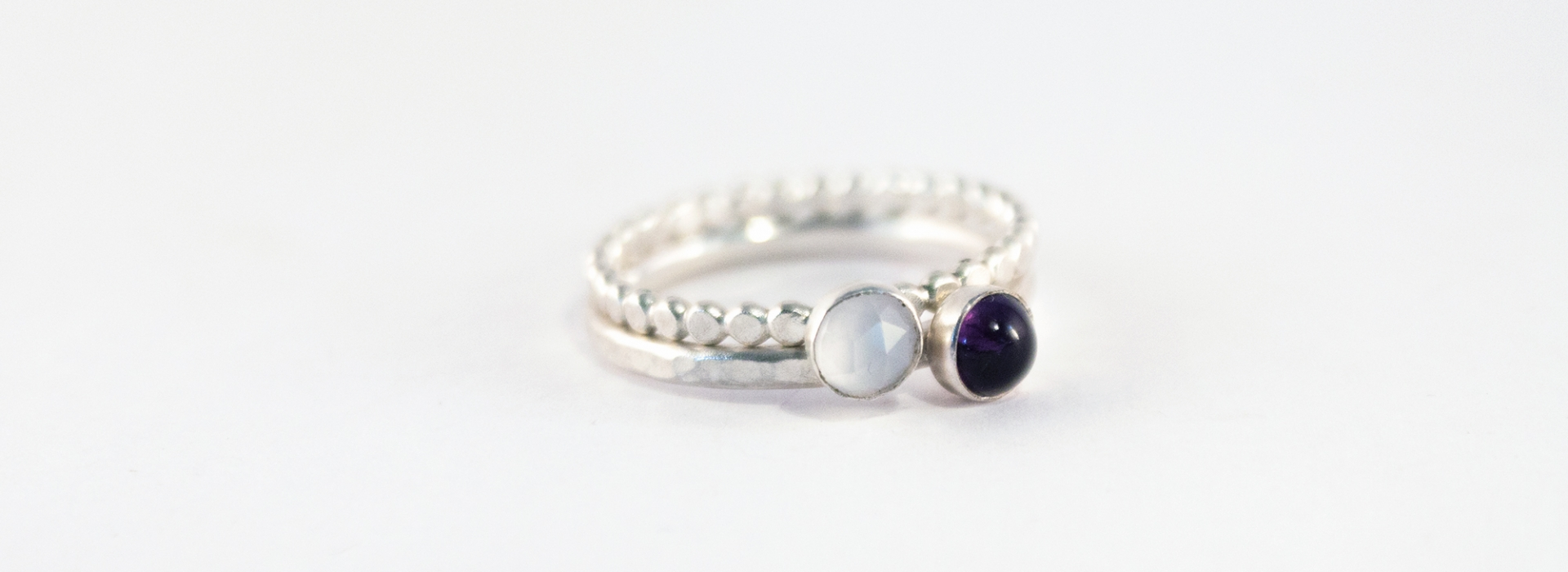 Amesthyt and Chalcedony stacking rings