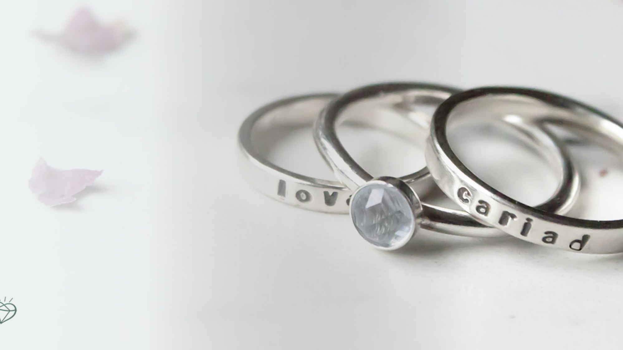 Welsh love and cariad rings